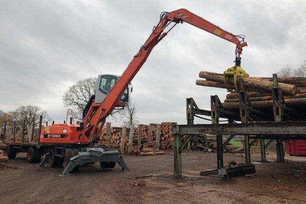 Terex TM200 MST met hout